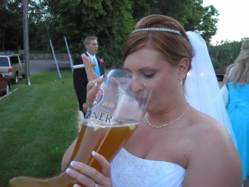 Пьяную невесту на свадьбе понравилось