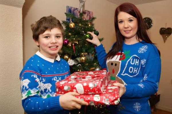PIC FROM CATERS NEWS - (PICTURED: ) - A brave mum who almost died after a TAMPON wiped her memory is hoping to remember her first family Christmas. Deborah Usher, 27, from Porthmadog, Wales, was in a coma for a week in 2011 after suffering from Toxic Shock Syndrome  a rare condition caused by a tampon  which left her fighting for her life. The mum-of-one woke a week later with severe memory loss meaning she now forgets events just weeks after they happen, including CHRISTMAS - and has no memory of enjoying festive celebrations with her little boy, Joshua, eight. Deborahs memory is finally getting better after she remembered her sons birthday for the first time this year, and now shes hoping to remember Christmas too. SEE CATERS COPY.