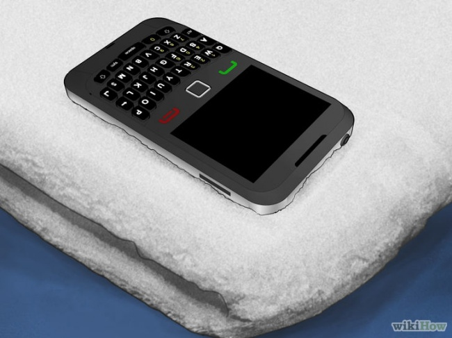 16664715-728px-Save-a-Wet-Cell-Phone-Step-10-Version-3-1471881417-650-d9127603c1-1472019817