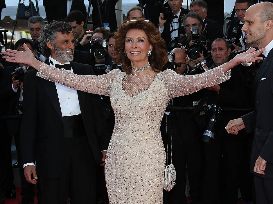 """CANNES, FRANCE - MAY 20: Sophia Loren attends """"Voce Umana"""" premiere during the 67th Annual Cannes Film Festival on May 20, 2014 in Cannes, France. (Photo by Jean Catuffe/FilmMagic)"""