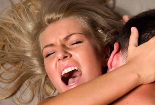 дама от чего тосмеётся во время секса любопытно почему
