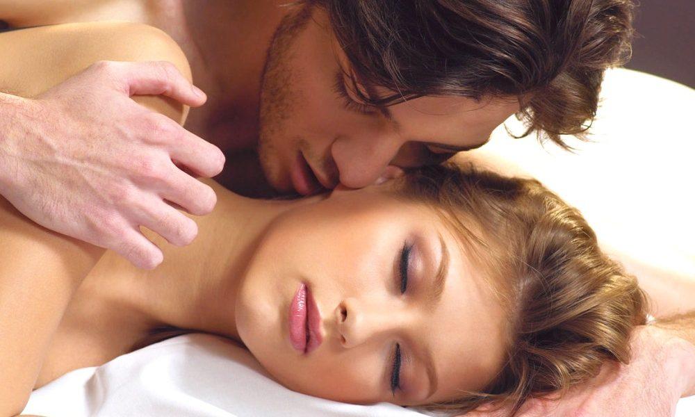 Как заниматься анальным сексом правильно