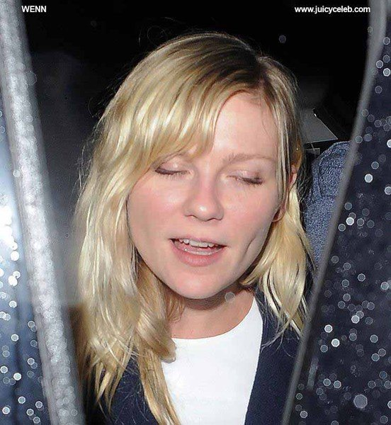 Kirsten Dunst and her boyfriend Garrett Hedlund enjoy a Thanksgiving dinner at Christophers Bar and Grill in Covent Garden. Upon seeing the cameras, Kirsten became shy, and the pair made a dash for their hotel. London, England - 22.11.12 Featuring: Kirsten Dunst and her boyfriend Garrett Hedlund enjoy a Thanksgiving dinner at Christophers Bar and Grill in Covent Garden. Upon seeing the cameras,Kirsten became shy,and the pair made a dash for their hotel. Where: London, United Kingdom When: 22 Nov 2012 Credit: WENN