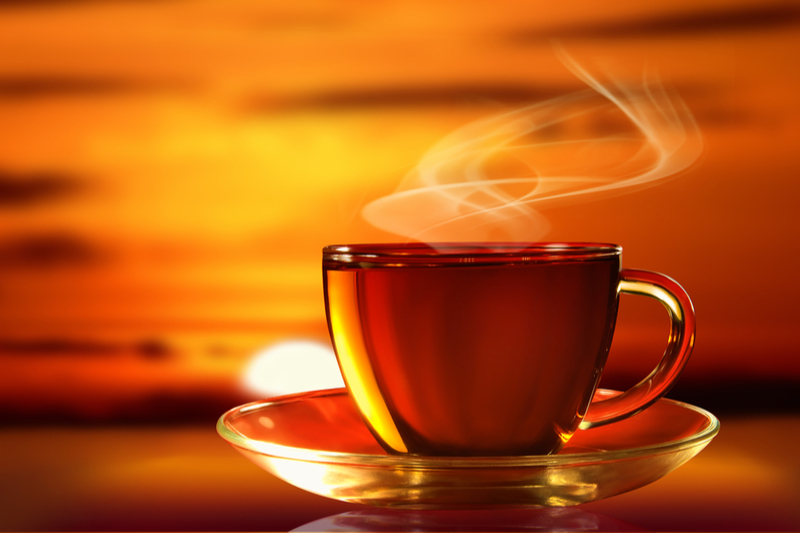 Почему чай может быть опасен для здоровья? 4 основных причины