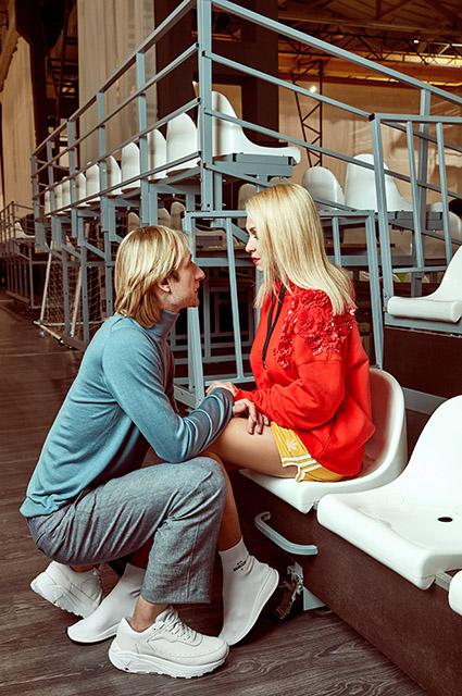 Лучшая пара в российском шоу-бизнесе: Яна Рудковская и Евгений Плющенко показали нежные фото ко Дню влюбленных. Они так счастливы!