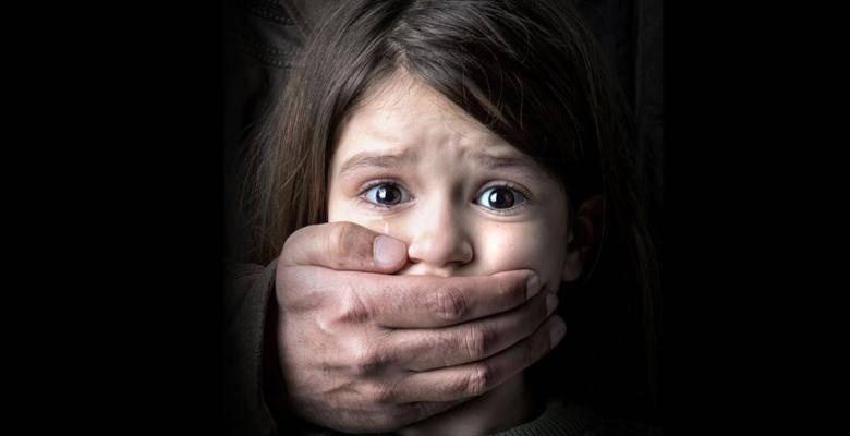 Не выкладывайте фото детей в соцсети! И дело не только в безопасности…