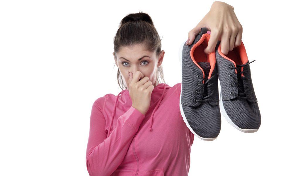 Эти 7 решений заставят вас забыть о неприятном запахе обуви
