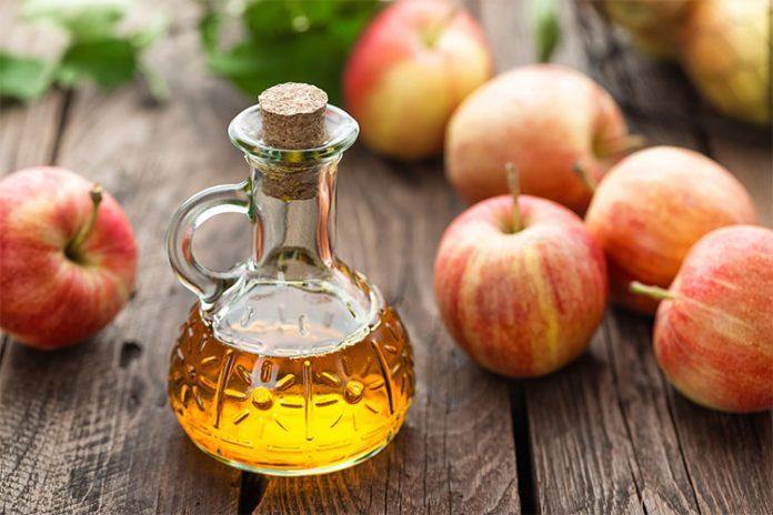 Яблочный уксус может помочь в борьбе с инфекциями в носоглотке. Вот как он действует