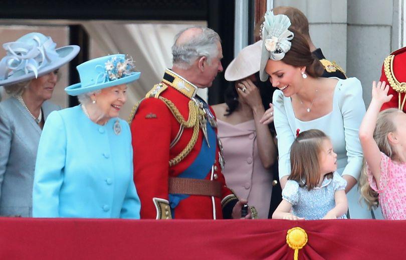 Забавные конфузы на Дне рождении королевы Елизаветы ІІ