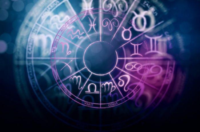 Самый важный день этой осени для каждого знака зодиака. Каких изменений в жизни нам ожидать?