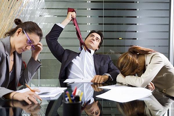 Самые вредные привычки офисных работников