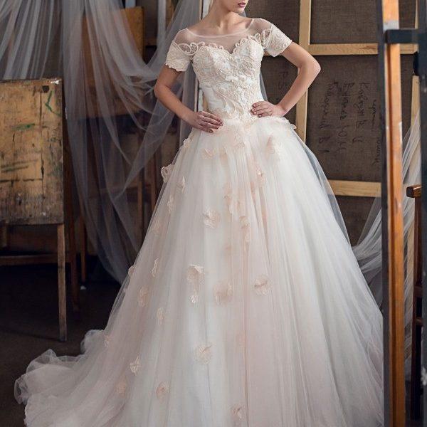 Главный атрибут свадьбы — платье невесты. Почему платье невесты должно быть именно белым