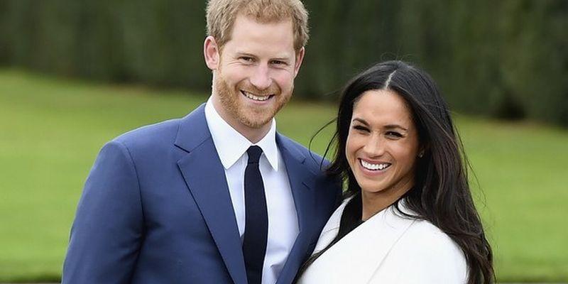 Откровенное белье и дырка в обуви: королевская семья поразила внешним видом на свадьбе