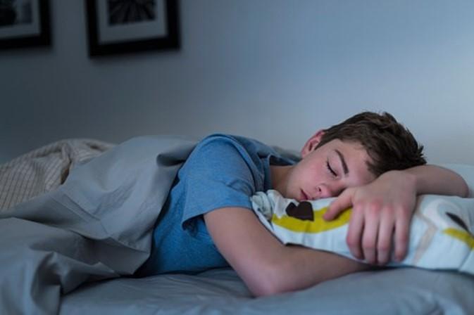 Эти несколько советов могут помочь облегчить жаркую летнюю ночь и уснуть без проблем
