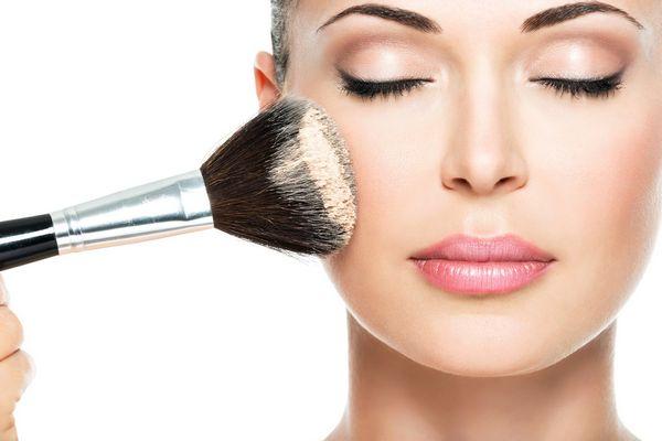 5 ошибок при нанесении тонального крема, которые совершает почти каждая женщина