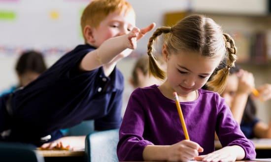 Как реагировать, если чужой ребенок плохо себя ведет: 5 стратегий   Домоводство   Наш дом
