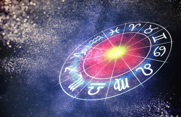 Сильные и независимые женские знаки Зодиака: они упрямы, руководят вами и манипулируют