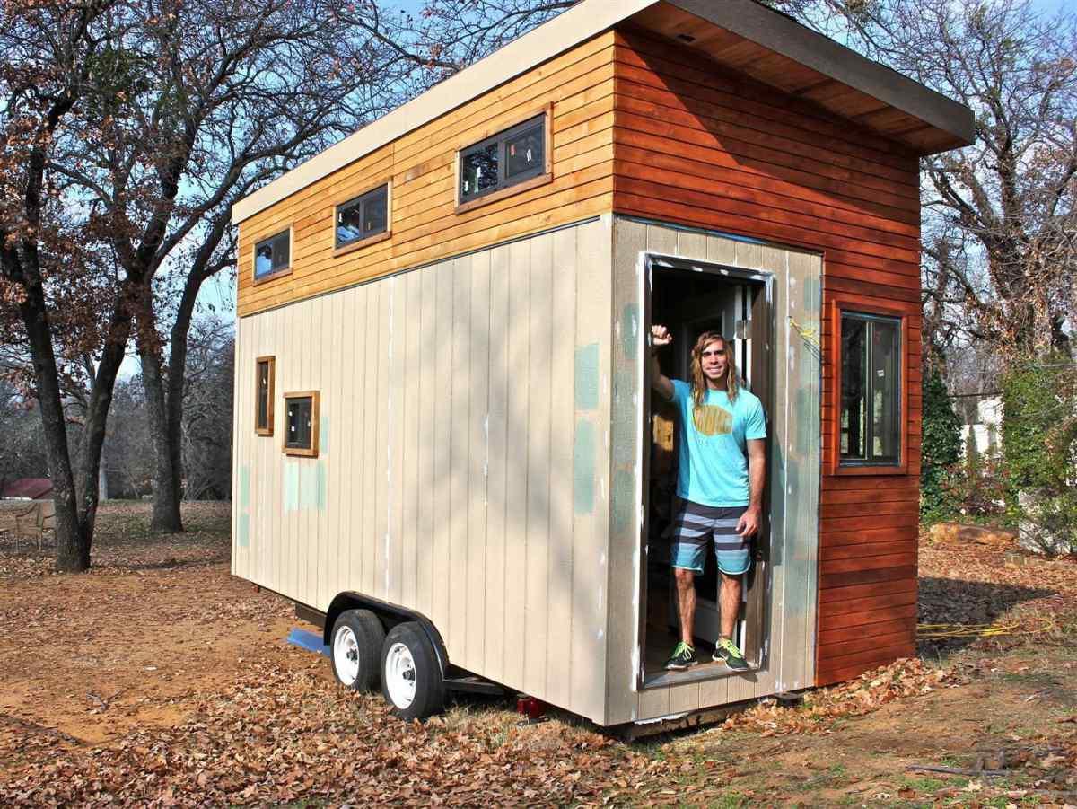 Хитрый студент построил дом, чтобы не платить за общагу — получилось круто!