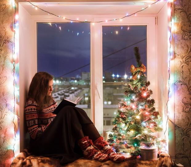 Как украсить окна на Новый год? Простые советы