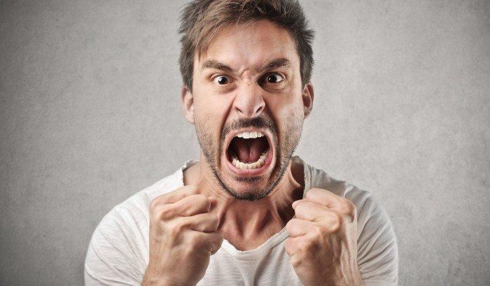 Четыри простых способа, как нейтрализовать агрессивных людей